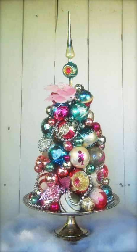 what do you use to decorate your tree - Different Christmas Decorating Styles